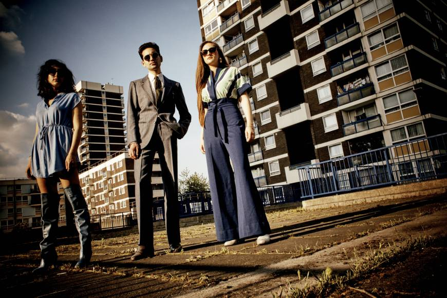 Three's never a crowd for Kitty, Daisy & Lewis