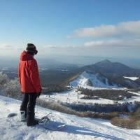 Views over the Sea of Japan from the ski slopes of Mount Daisen. | COURTESY OF DAISEN WHITE RESORT