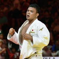 Knee injury sidelines 100-kg world champ Aaron Wolf