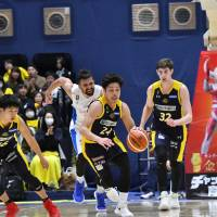 Tochigi trounces Shiga in teams' first game after All-Star break