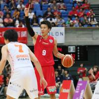 Toyama guard Takeshi Mito is a veteran presence for the team at both ends of the court. | B. LEAGUE