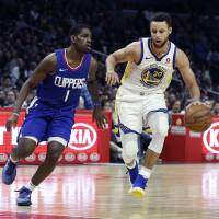 Warriors star Stephen Curry torches Clippers for season-high 45 points