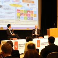 Hiromichi Mizuno, executive managing director and chief investment officer at the GPIF, is interviewed onstage by Tony Hay, publisher and co-founder of Responsible Investor at RI Asia 2017 held in April in Tokyo. | RESPONSE GLOBAL MEDIA LTD.