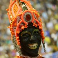 Blackface at Brazil Carnival parade sparks debate