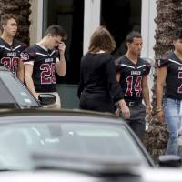 Florida school's armed officer never went inside to confront gunman, has resigned