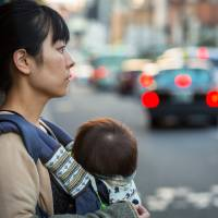 44% of freelancers go back to work within month after childbirth, Japan survey shows