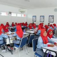Students study at SMK Mitra Industri MM2100, a vocational high school in MM2100 Industrial Town in Bekasi, West Java province, Indonesia, on Feb. 1. | NNA/KYODO