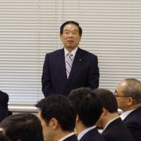Fukushiro Nukaga, head of the third largest faction of the ruling Liberal Democratic Party, delivers a brief speech during a regular faction meeting Thursday in Tokyo. He reportedly told a key Upper House member of the faction that he will step down from the position. | REIJI YOSHIDA