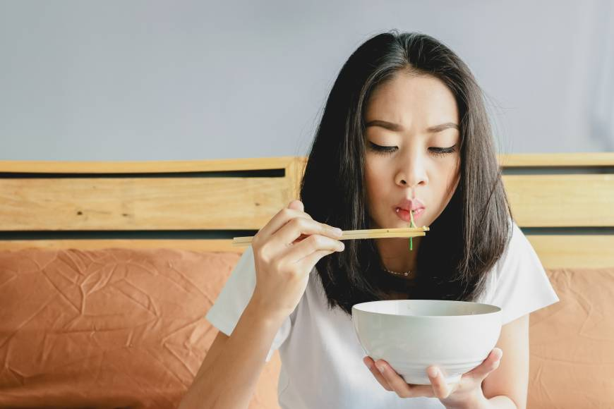 Eat slower and chew more to lose weight, Japanese study suggests
