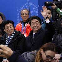 Cabinet's approval rating hits 51%, with majority backing pressure on North but not constitutional amendment under Abe: survey