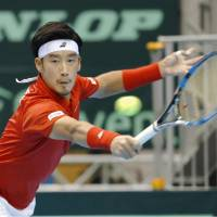Yuichi Sugita holds off Andreas Seppi as Japan pulls level with Italy in Davis Cup World Group encounter