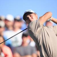 Bill Haas starts strong with a 7-under 64 at Phoenix Open