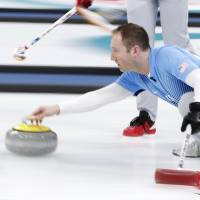 U.S. men outplay Sweden for first Olympic curling title