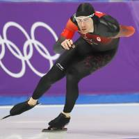 Canada's Ted-Jan Bloemen competes in the men's 10,000-meter final in Gangneung, South Korea, on Thursday. Bloemen set an Olympic record of 12 minutes, 39.77 seconds to win the race. | REUTERS