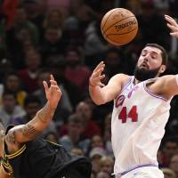 Pelicans acquire Nikola Mirotic from Bulls to add scoring punch