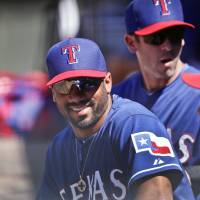 Rangers trade Seahawks quarterback Russell Wilson to Yankees
