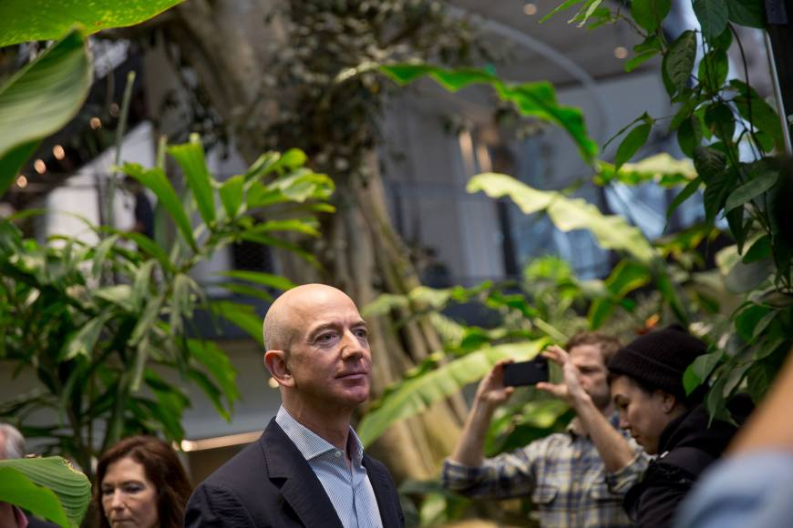 Amazon looks to secure office-supply dominance with new credit card