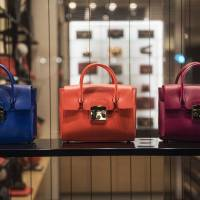 Sou Inc., a startup pawnshop firm that buys secondhand bags and other luxury brand goods like these to supply other resale shops, went public Thursday on the TSE's Mothers section. | GETTY IMAGES