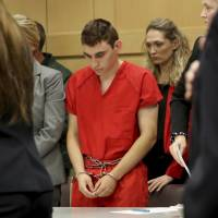 Florida prosecutor seeking death penalty for youth in Parkland school massacre