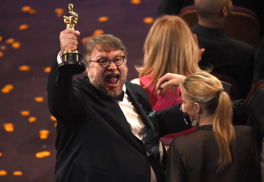 'Shape of Water' triumphs at an Oscars full of change