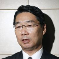 Education minister denies LDP lawmakers are pursuing Kake scandal whistleblower