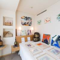 Feast for the eyes: Note Gallery's room at last year's Art in Park Hotel Tokyo fair featured a lot to look at. | YUSUKE TSUCHIDA