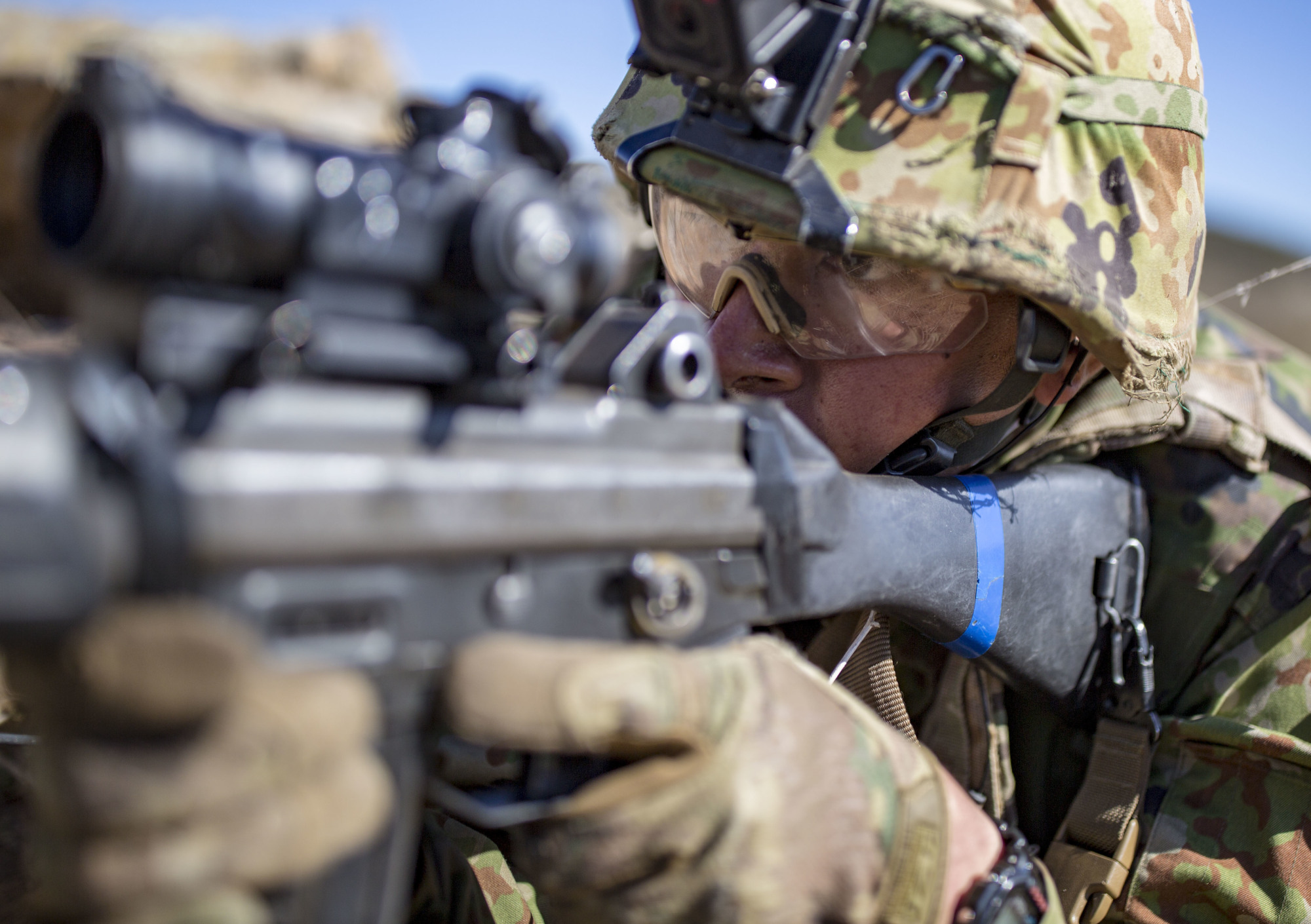 A Ground Self-Defense Force member aims his Howa Type 89 assault rifle during live-fire training during exercise Iron Fist 2018 on Jan. 26 at U.S. Marine Corps Base Camp Pendleton in California. | 11TH MARINE EXPEDITIONARY UNIT