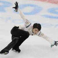 Candeloro feels Hanyu will skate 2-4 more years