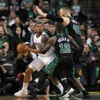 Bradley Beal leads Wizards past Celtics in double overtime