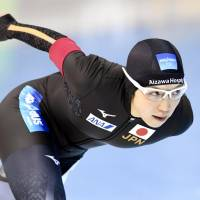 Nao Kodaira competes in a women's 1,000-meter race at the  World Sprint Speed Skating Championships in Changchun, China, on Saturday. | KYODO
