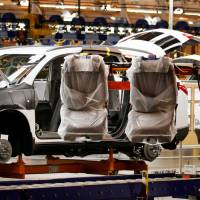 On heels of announcing the axing of 1,500, GM to add 700 U.S. jobs to plant building SUVs