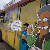 'Simpsons' reference to Apu criticism sparks online backlash