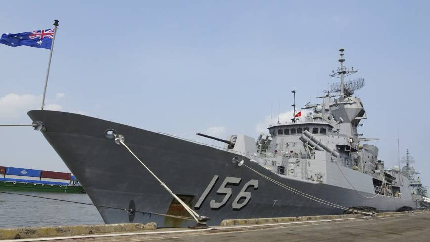 chinese navy has 39 encounter 39 with australian warships in. Black Bedroom Furniture Sets. Home Design Ideas
