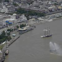 Tall ships salute 300th anniversary of New Orleans