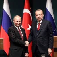 Russia agrees to speed up delivery of S-400 missile systems to Turkey, alarming NATO partners