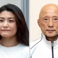 A third-party panel determined that four-time Olympic wrestling champion Kaori Icho (left) was harassed by Japan Wrestling Federation Director Kazuhito Sakae. | KYODO