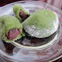 Spring treat: Yomogi-mochi, made with the young leaves of the yomogi plant, is a popular spring dessert. | MAKIKO ITOH