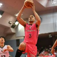 Chiba Jets Funabashi forward Michael Parker's track record of making teams better in recent years has elevated his status in Japan basketball circles. | B. LEAGUE