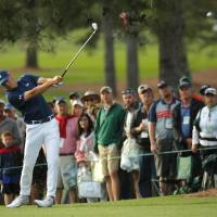 Jordan Spieth fires a 66 for lead at Masters