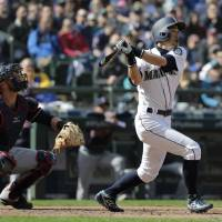 Ichiro's big day can't save Mariners