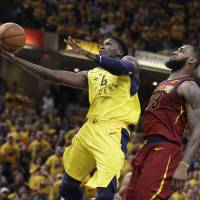 Pacers storm back to beat Cavs