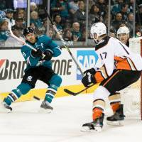 Sharks demolish Ducks, take 3-0 lead in series