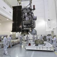 New U.S. weather satellite suffers cooling problem