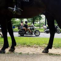Bikers honor fallen, missing U.S. service members with 'Rolling Thunder' parade