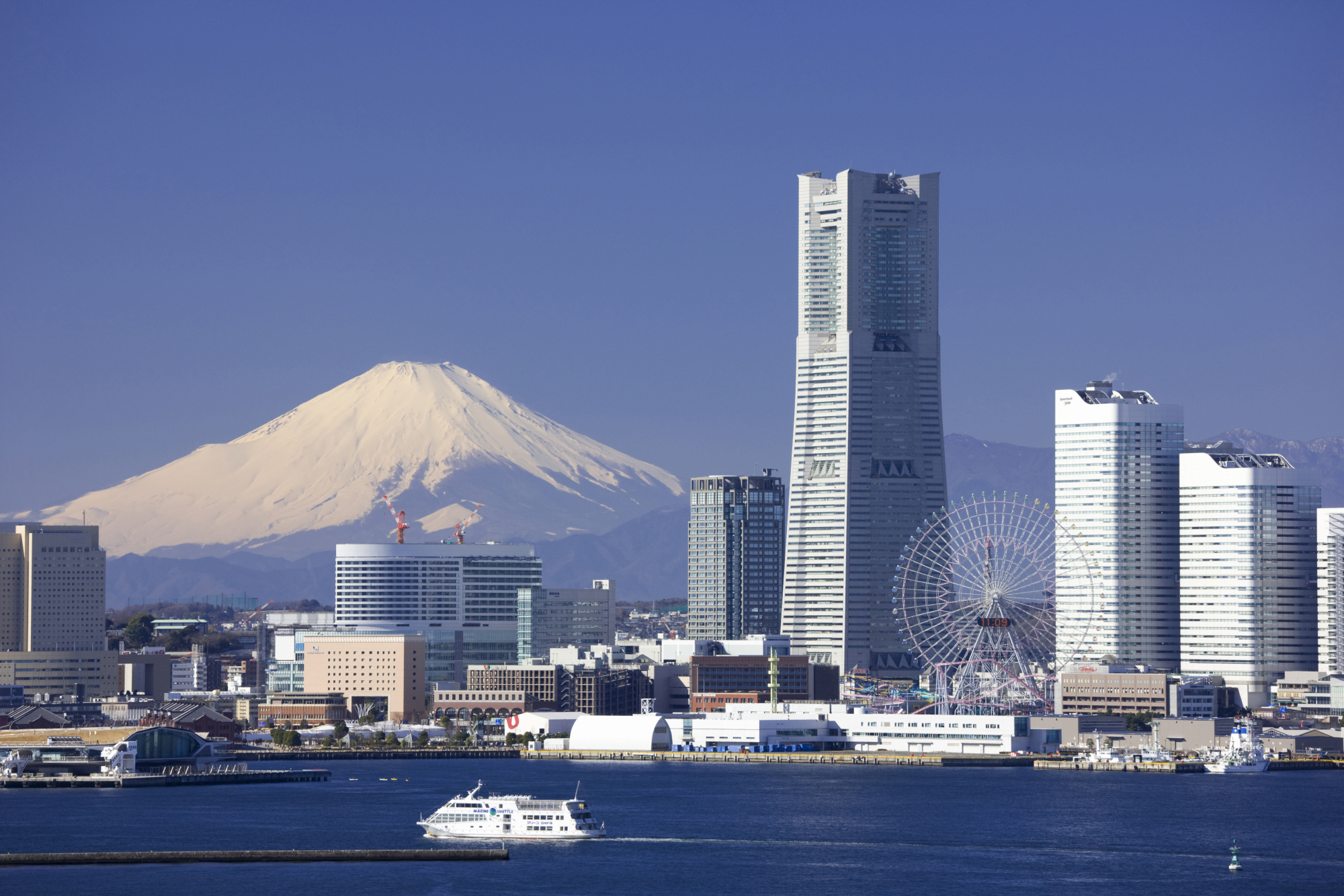 Yokohama plans to build aerial gondola rides in its waterfront area ahead of the Tokyo 2020 Olympics and Paralympics.   GETTY IMAGES