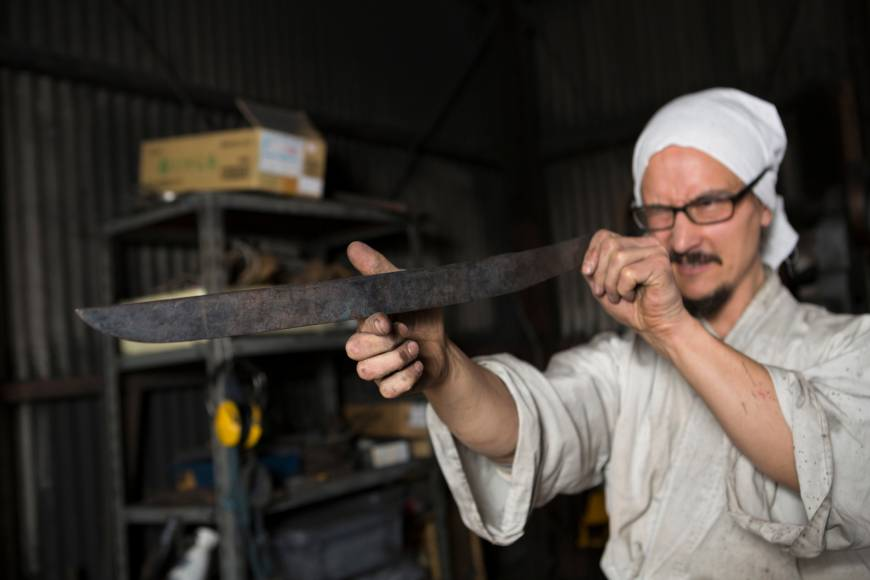 Swedish-Japanese swordsmith forges his destiny in Yamaguchi after trial by fire