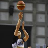 Fukuoka's Daisuke Kobayashi scored 23 points, including 5 of 10 from 3-point range, in Game 1 of the B2 playoffs final on Saturday.   B. LEAGUE