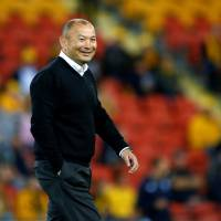 England head coach Eddie Jones making sure his team is prepared for next year's Rugby World Cup in Japan. | KYODO