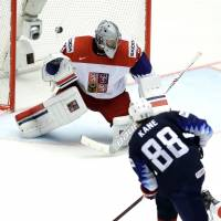 Patrick Kane guides U.S. past Czech Republic at ice hockey worlds; Canada edges Russia in OT
