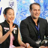 Mao Asada and coach Rafael Arutunian, seen here at the 2006 NHK Trophy in Nagano, had a short but fruitful partnership that lasted just 16 months. | AP